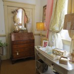 Furniture, Lamps, Mirrors, Picture Frames, & Accessories